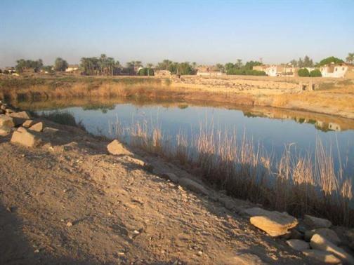 Søen v. Muttemplet