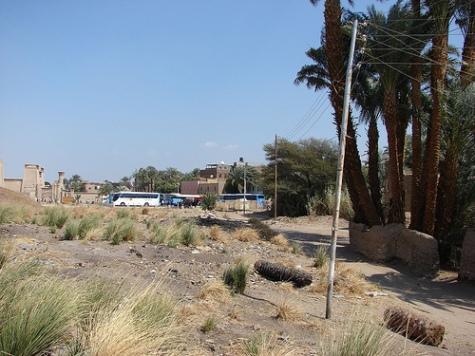 Vejen til Qasr el-Aguz