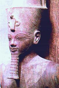Am.III Luxor closeup