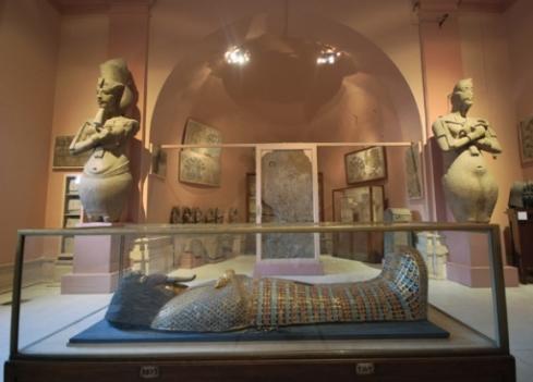 Pink Amarna room