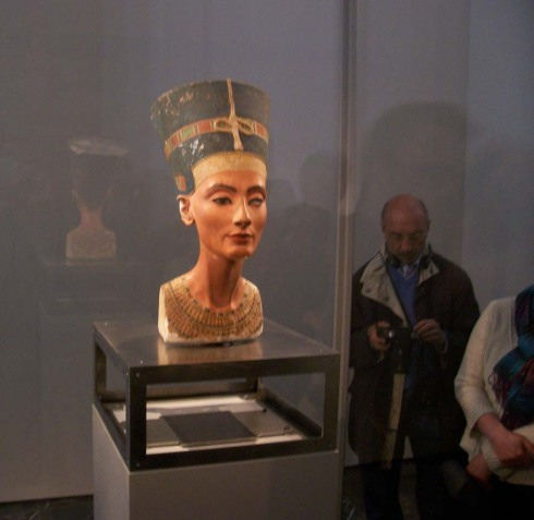 Nefertiti02