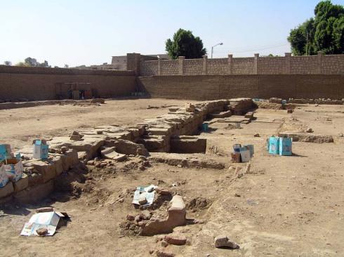 Udgravninger v. Karnak